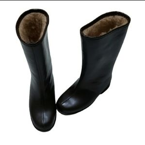 Last chance! Vintage kids brown winter Borg boots